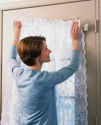 Magnetic Curtains For Doors Magnetic Curtain Rods Easy Way To Install Window Curtains Homesfeed