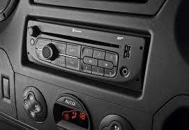 renault master 2013 2012 renault master van introduced automotorblog