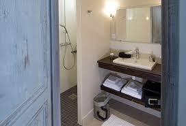 salle de bain chambre d hotes chambre d hôte près de lorient avec piscine et spa