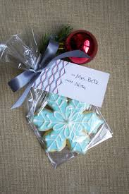 christmas table favors to make christmas party ideas christmas party favors simple