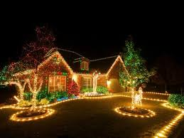 putting up christmas lights business christmas lighting a niche for the landscape and lawn care business