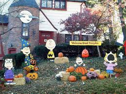 peanuts decorations search fall