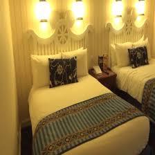 chambre standard hotel york disney disneyland newport bay hotel room tour se
