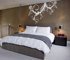 Great Gatsby Themed Bedroom Fantastic Brown Bedroom Wall With Exciting White Mural Artistic