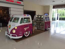 volkswagen kombi food truck maria gazoza kombi quiosque loja de vender capinhas e acessórios