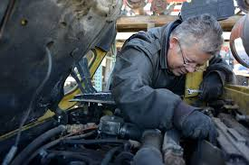 Forklift Mechanic Forklift Repairman Turns To Season Of Sharing To Avoid Eviction