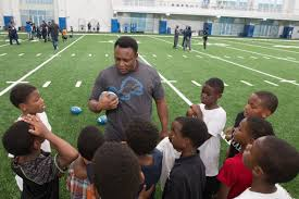 who do the lions play on thanksgiving barry sanders news detroit lions football nfl running back