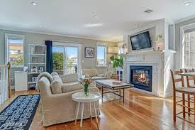 bright open condo one block from the beach asks 599k in the