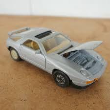 928 porsche turbo vintage sports car die cast by welly porsche 928 turbo