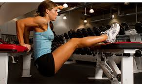 Triceps Bench Dips You Can Do Dips Your Guide To This Upper Body Blaster