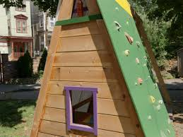 build a combination swing set playhouse and climbing wall how