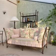 canapé romantique canapé d intérieur en fer forgé modèle romana fabrication française