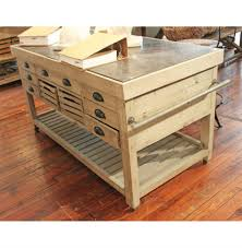 100 kitchen island benches like the raised section behind