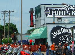 Whiskey Flag Whiskey Junction To Close Owners Cite Mpls Minimum Wage Increase
