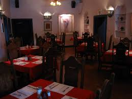 La Placita Dining Rooms Albuquerque La Placita Restaurant Conquistador Statues San
