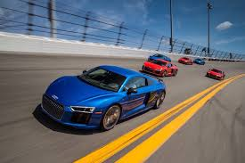 Audi R8 2017 - 2017 audi r8 safety review and crash test ratings the car connection