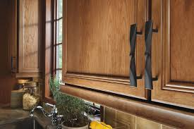 black handles on oak kitchen cabinets choosing new cabinet hardware pulls and handles