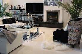 Simple Black And White Lounge Pics My Glam Home The Lounge Area