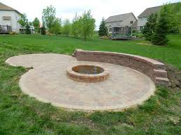 Simple Backyard Fire Pit by Simple Backyard Paver Fire Pit The Latest Home Decor Ideas