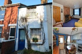 tiny kent cottage on market for 140 000 is only ten feet wide