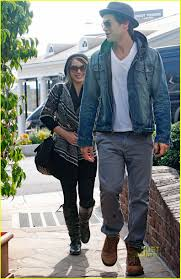 hilary duff engagement ring hilary duff helps nick zano shop for engagement ring photo