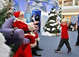 christmas 2015 modern mall santa backlash at simon malls