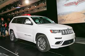jeep grand cherokee 2017 black 2017 jeep grand cherokee trailhawk summit first look review