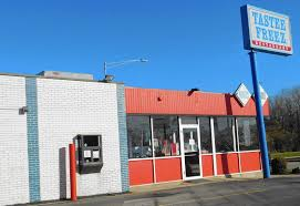 comings and goings last tastee freez in southland closes daily