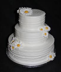 inexpensive wedding cakes gardners cakery budget wedding cakes market harborough