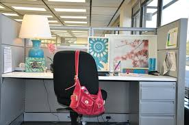 Work Desk Decoration Ideas Work Cubicle Decor Office Decorating Themes Desk Decor Best