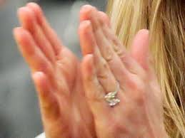 reese witherspoon engagement ring reese witherspoon debuts engagement ring ny daily news