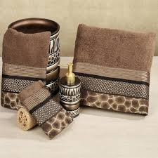 animal print bathroom ideas cheetah bathroom ideas cheetah bathroom decorating ideas easywash club