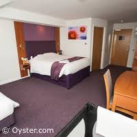 Family Room With Cot Photos At Premier Inn Blackpool Bispham - Premier inn family rooms