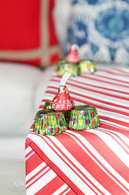 kiss u201d mas gift wrapping idea with hershey u0027s kisses