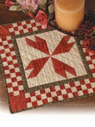 quilting table topper quilt patterns rosebud table mat free