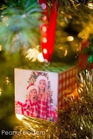a tree of memories adorable diy photo ornaments