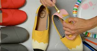 create these diy pencil shoes in less than an hour