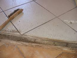 carrelage sol cuisine 5ème jour enlever le carrelage au sol on refait la cuisine