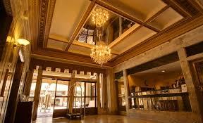 classic and luxury main lobby interior design of gaslamp plaza