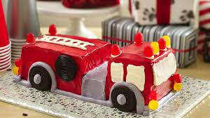 firetruck cakes engine cake recipe bettycrocker