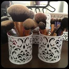 Where Do You Put Your Makeup On by The Beauty Hippie Guest Post How To Store Your Makeup Brushes