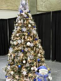 themed christmas tree 25 beautiful christmas tree decorating ideas