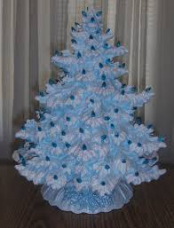 this tree is so elegant and comes in so many colors great accent