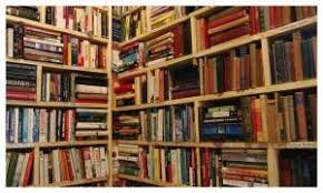 book stacking ideas how to organize bookshelves with a lot of books from complex to