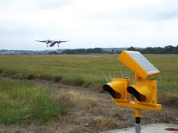 solar powered runway lights 1 sou solar rgl airports international the airport industry
