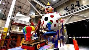 macy s thanksgiving day parade get an early look at this year s