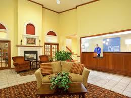 Comfort Suites Johnson Creek Wi Holiday Inn Express Watertown Hotel By Ihg