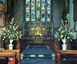 Wedding Flowers Church Flower Arranging For Weddings