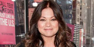 how to get valerie bertinelli current hairstyle this is what valerie bertinelli eats to make 57 look like 37