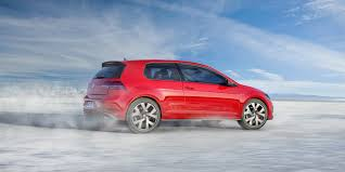 volkswagen gti volkswagen u0027s new golf and gti are packed with luxury car tech
